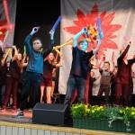 Die 5a begeistert mit dem Boomwhacker-Tanz